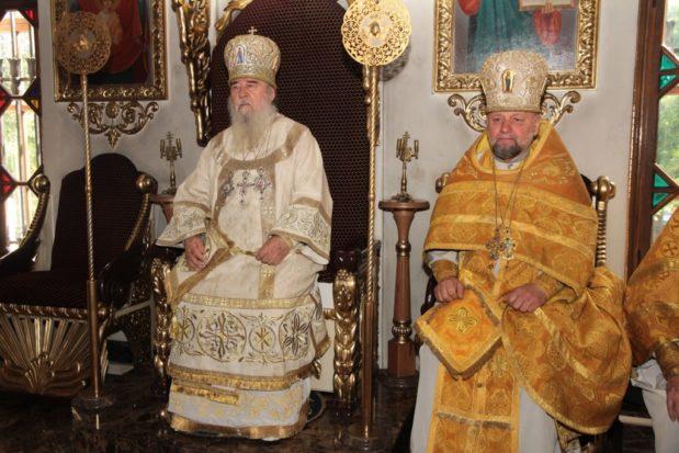 Настоятель Спасо-Преображенского кафедрального собора г. Днепра протоиерей Ярослав Денека отметил свой 70-летний юбилей