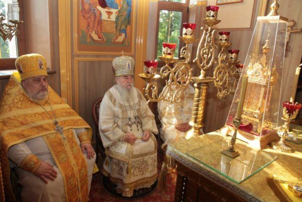 Петропавловский храм поселка Краснополье г. Днепра отметил престольный праздник