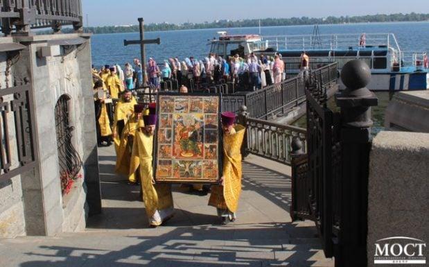 г. Днепр посетила икона апостола Андрея Первозванного, написанная в женском монастыре г. Патры