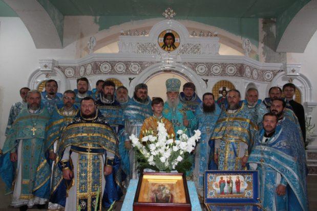 Храм в честь Святогорской иконы Божией Матери г. Днепра отметил престольное торжество